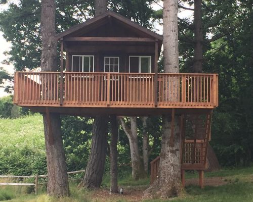 Custom tree house exterior